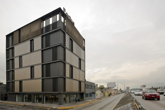 Renovation Of M Xico Fortius Office Building Erreqerre