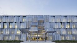 Nuevo edificio del departamento de ingeniería mecánica / Dominique Perrault Architecture