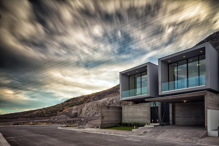 Casa Pedregal / Garza Iga Arquitectos, © Enrique Portillo