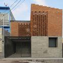 Casa Tadeo / Apaloosa Estudio de arquitectura y diseño