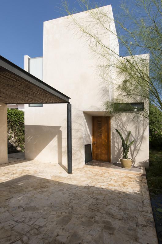 Casa gg 15 reyes rios larra n arquitectos archdaily - Arquitectos en merida ...