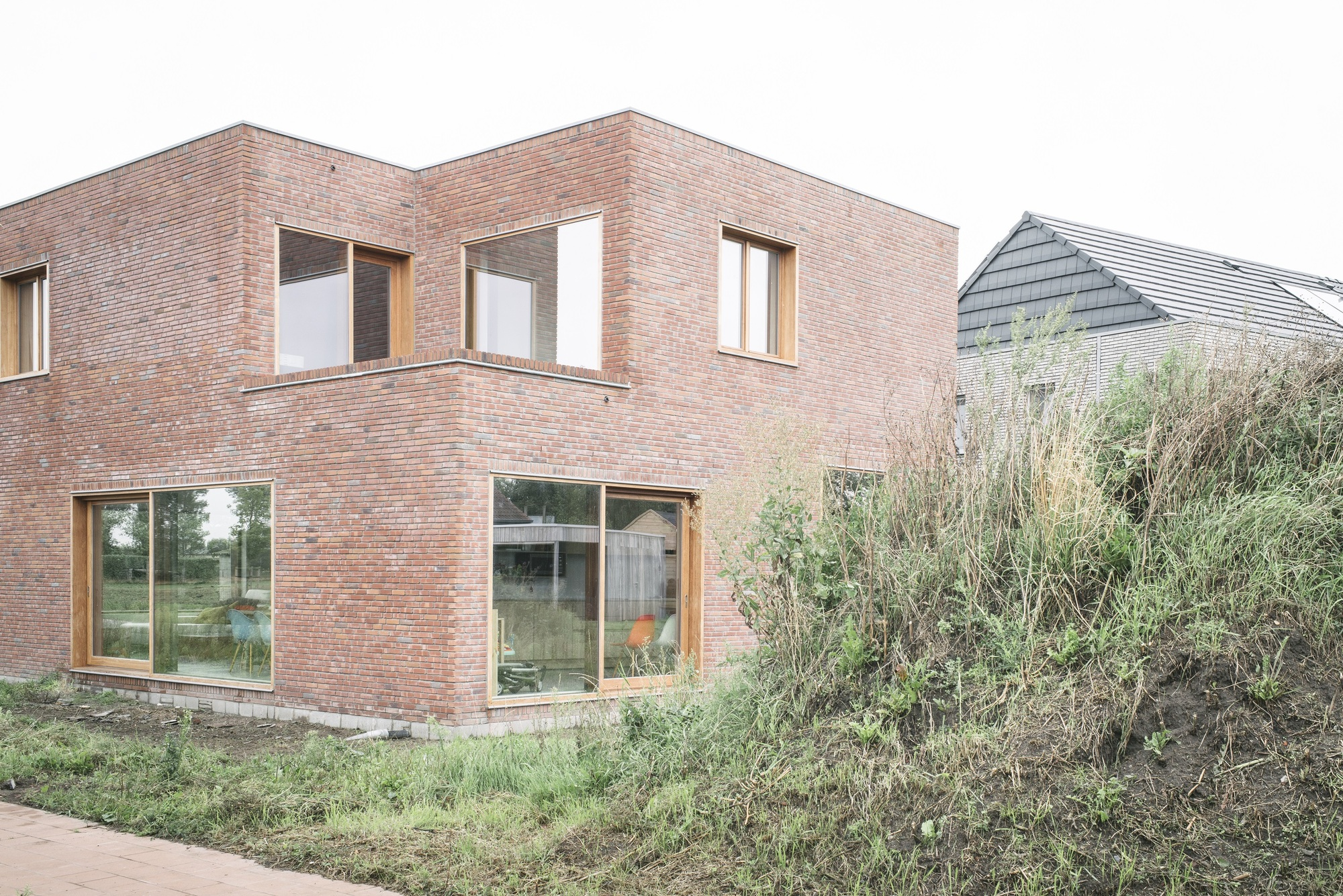 Gallery of house cm bultynck kindt architecten 1 - Modern brick decorated houses ...