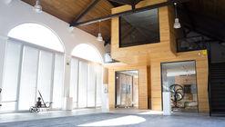 Salón de vino de Casal Da Coelheira / Modo Arquitectos Associados