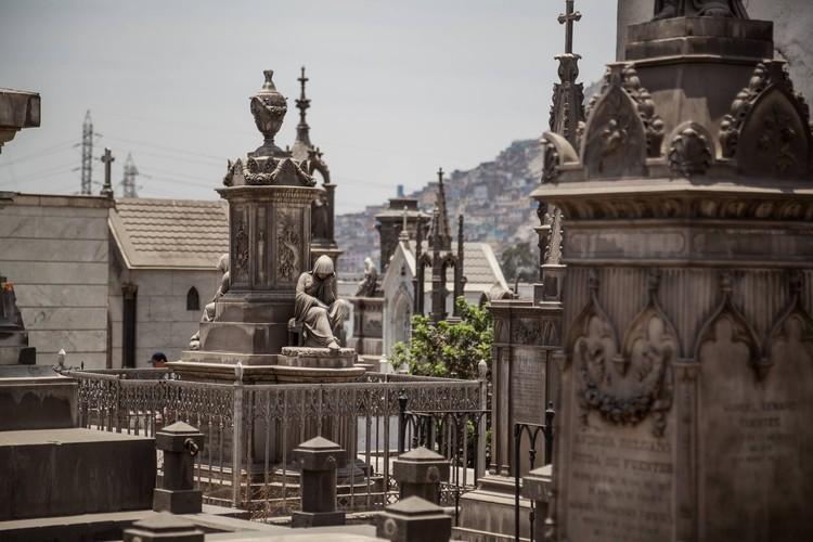 La interacción con el patrimonio puede salvar a la arquitectura peruana en deterioro, Cementerio Presbítero Maestro. Image © Juan Manuel Parra
