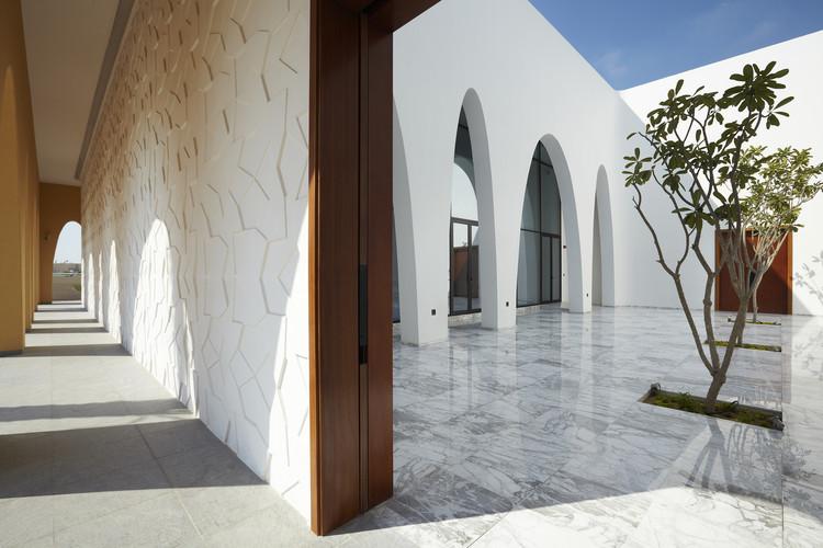 Mezquita Al Warqa'a / ibda design, © Sadao Hotta