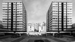 Clásicos de Arquitectura: Residencial San Felipe / Enrique Ciriani, Mario Bernuy, Jacques Crousse, Oswaldo Núñez, Luis Vásquez, Nikita Smirnoff