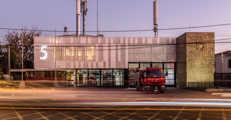 Ampliación Cuartel de Bomberos 5ta Compañía Ñuñoa / Espiral , © Kr Photography