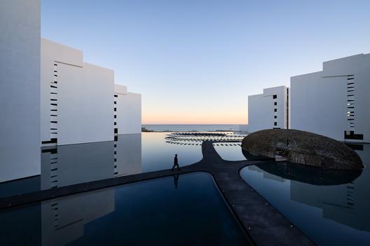 Mar Adentro / Miguel Angel Aragon�s