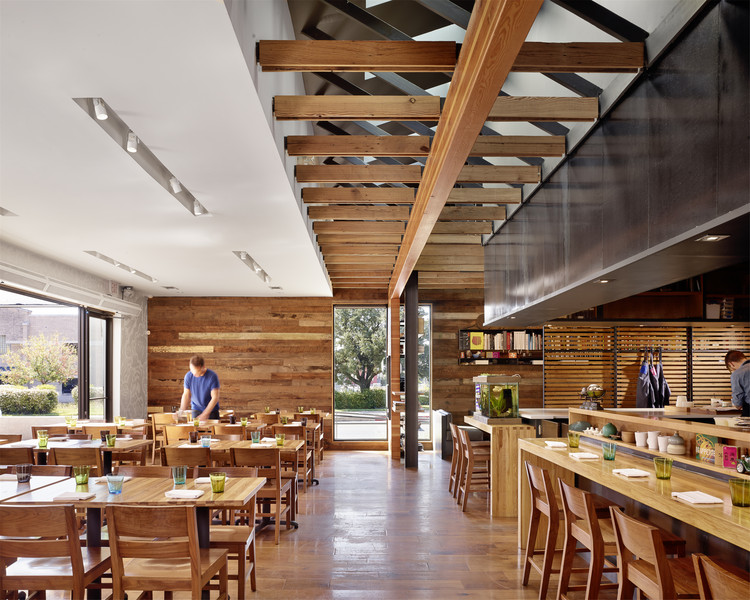 Qui restaurant a parallel architecture archdaily