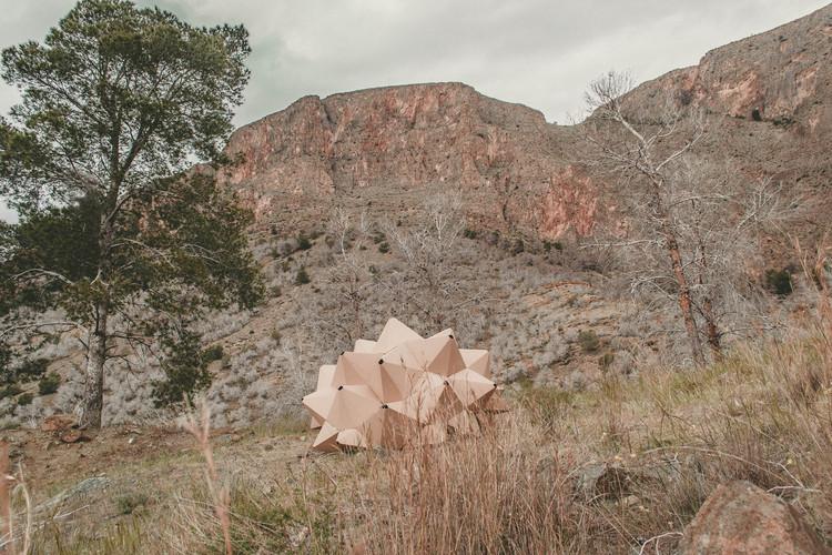 Helix, un refugio unipersonal para contemplar la naturaleza, Cortesía de ootro estudio