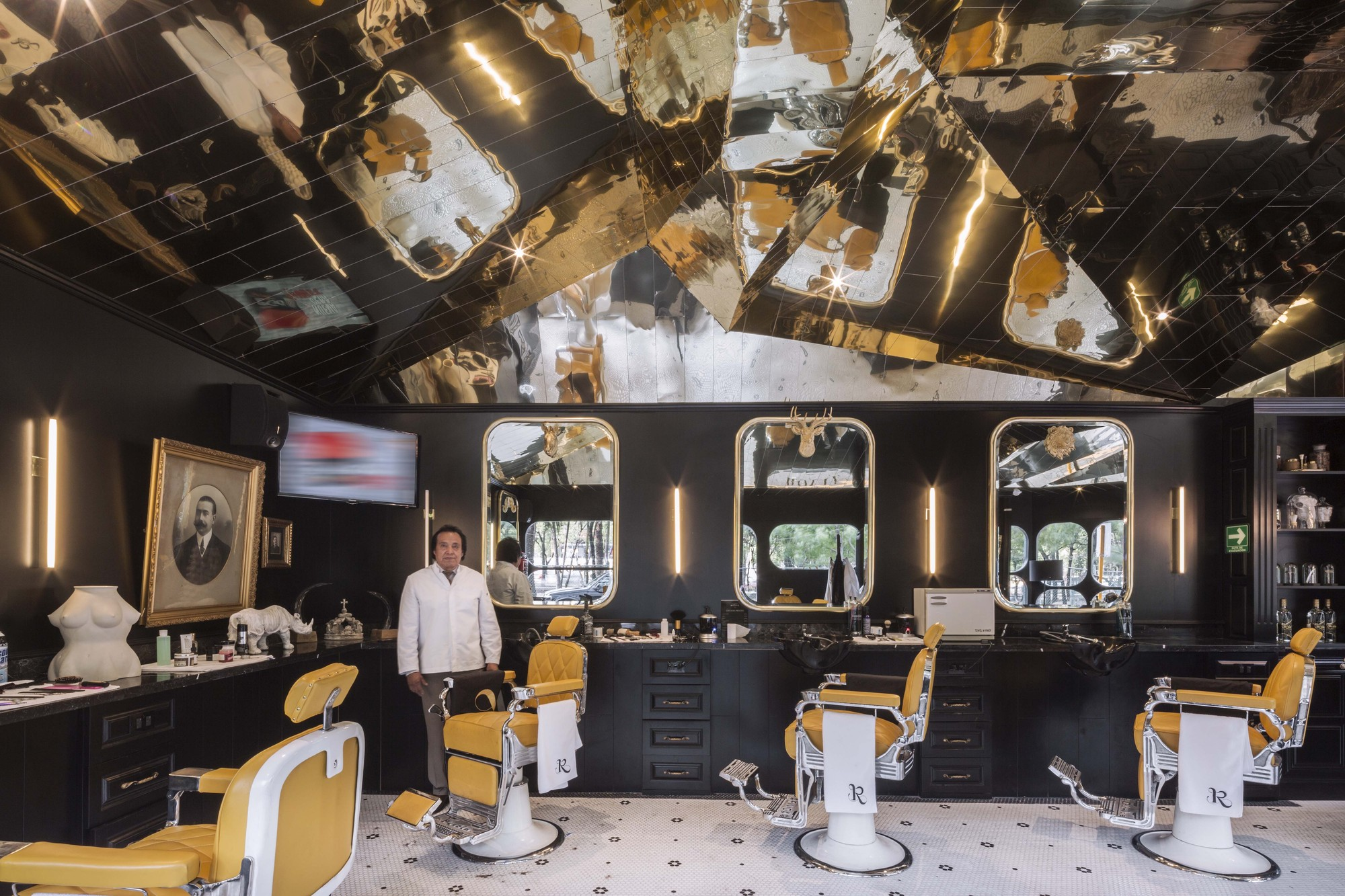 Barberia Royal Row Studio Archdaily