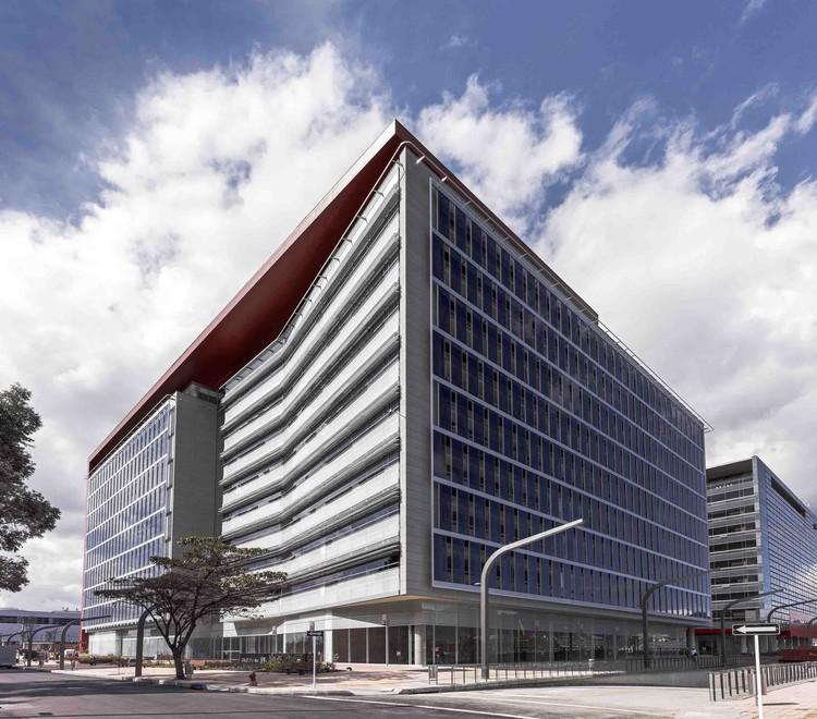 Torres T3 y T4 Ciudad Empresarial Sarmiento Angulo / Construcciones Planificadas, © Enrique Guzmán