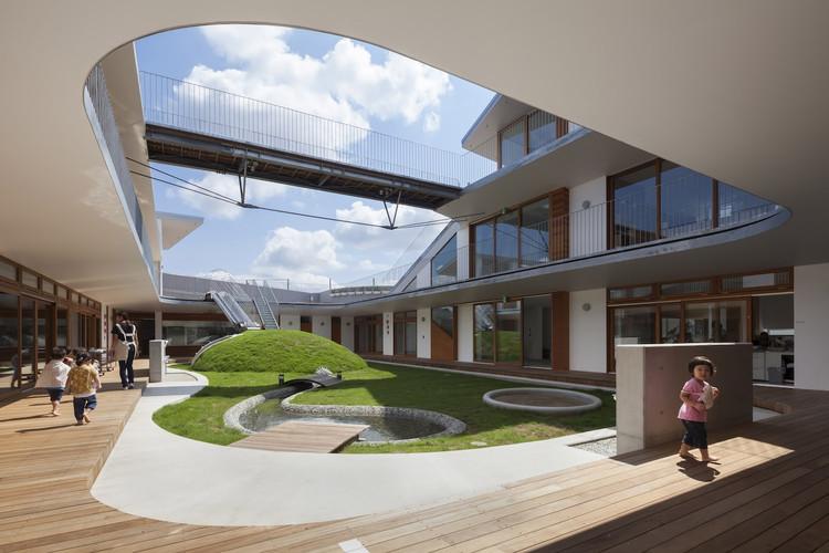 Escuela Infantil Amanenomori / Aisaka Architects' Atelier, © Shigeo Ogawa