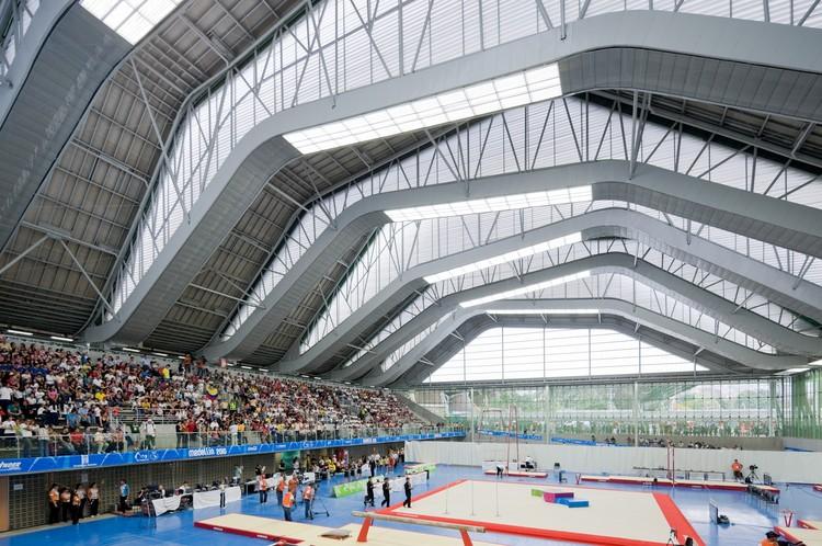 Escenarios deportivos giancarlo mazzanti plan b for Estructuras para arquitectos pdf