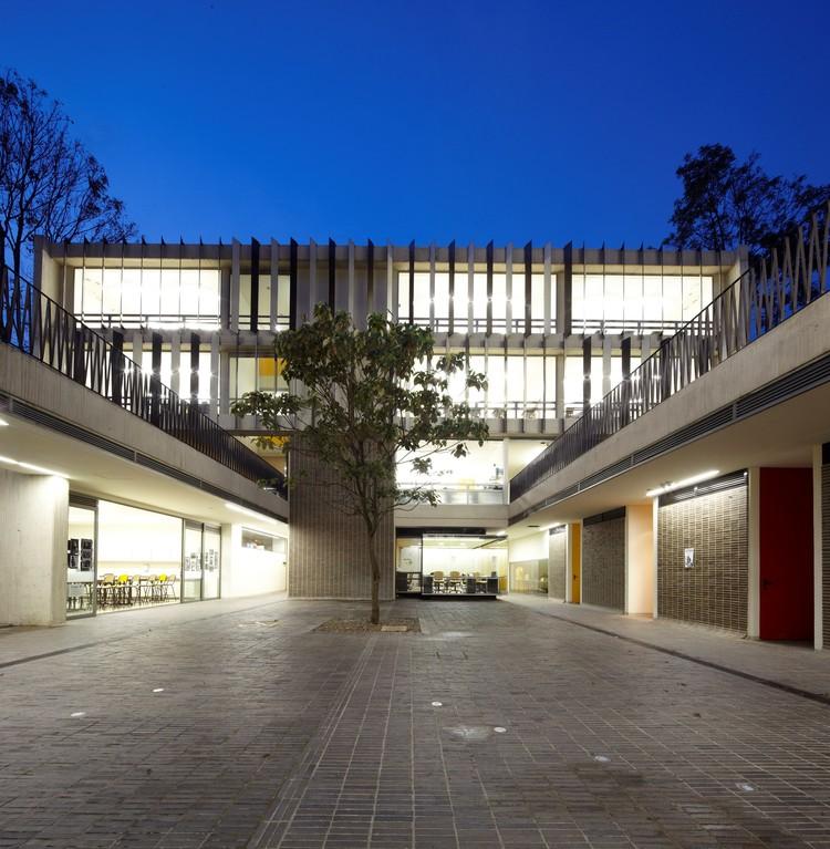 Gimnasio Campestre / MGP Arquitectura y Urbanismo, © Andrés Valbuena