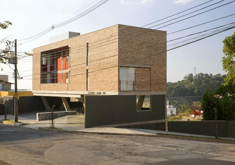 Estudios Terra / Arquitetos Associados, © Eduardo Eckenfels