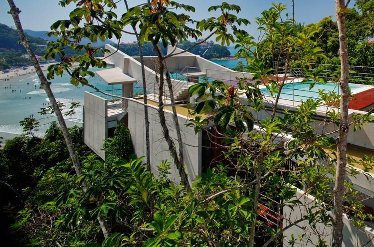 House in Ubatuba / spbr arquitetos, © Nelson Kon