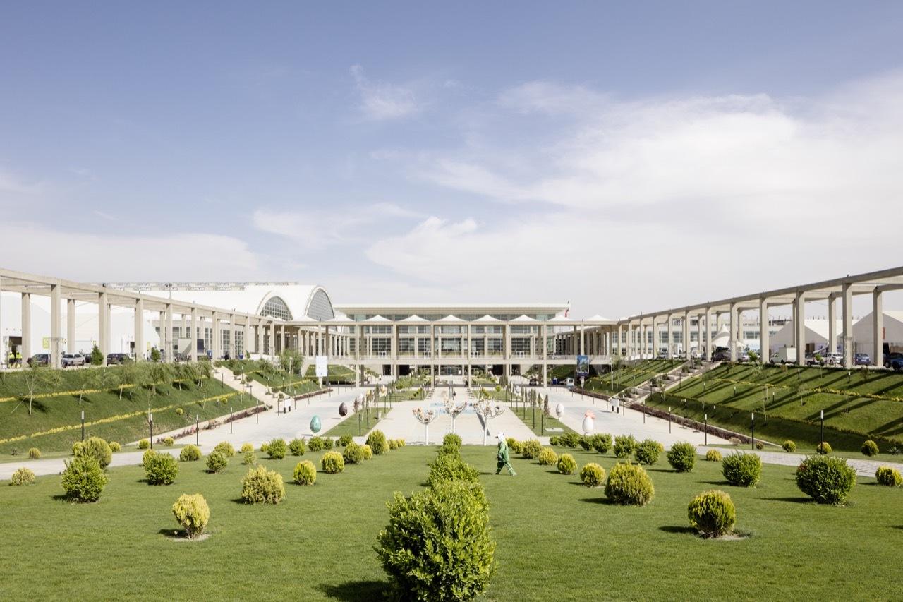 Share aftab gmp architekten archdaily - Gmp architektur ...