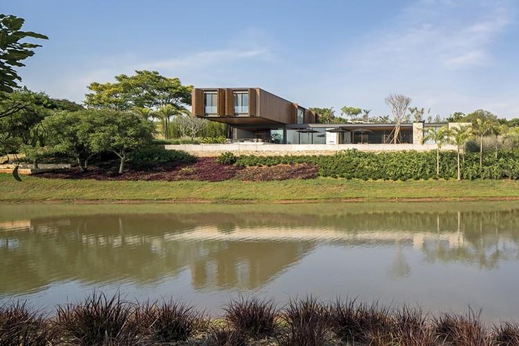 Residencia RSC / Jacobsen Arquitetura, © Leonardo Finotti