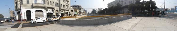 By-pass 28 de julio hacia avenida Garcilaso de la Vega. Image © Claudia Hiromoto