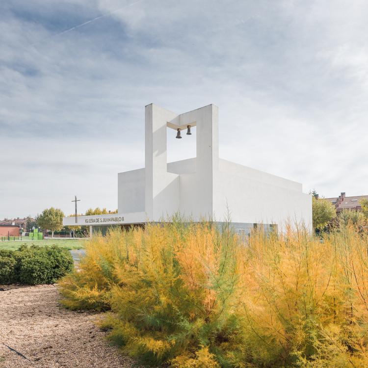 Iglesia san Juan Pablo II / VZ Arquitectos, © Enrique Villar Pagola, Juan Carlos Quindós