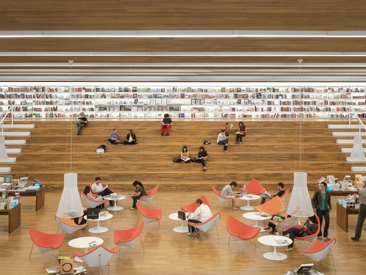 Librería Cultura / Studio MK27 - Marcio Kogan + Diana Radomysler + Luciana Antunes + Marcio Tanaka + Mariana Ruzante, © Fernando Guerra | FG+SG