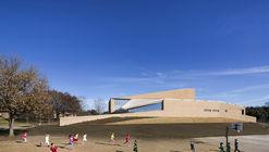 Centro de Artes Escénicas de la Familia Marshall / Weiss/Manfredi