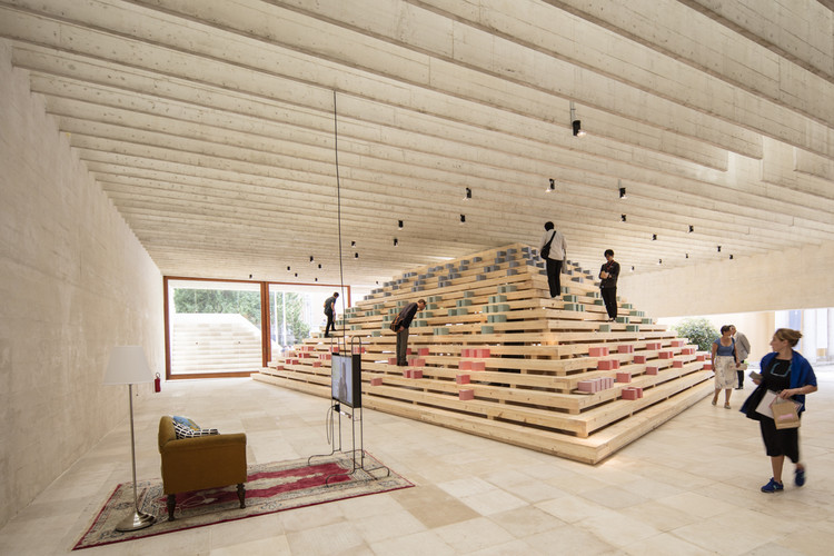 "Five ""rooms without walls"" reflect on the data assembled on the pyramid. Image © Laurian Ghinitoiu"