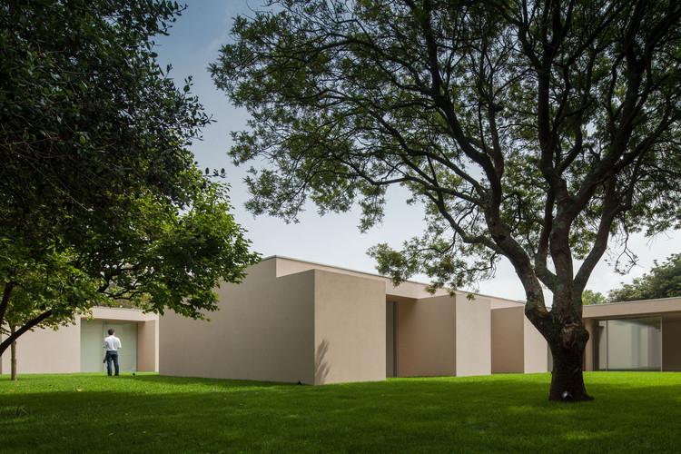 Casa 2L  / 236 Arquitectos, © João Morgado
