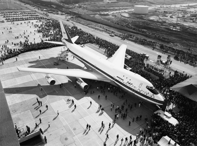 "Norman Foster on the Boeing 747 ""Jumbo Jet"", The first public display of the Boeing 747 (30 September 1968). Image © SAS Scandinavian Airlines"