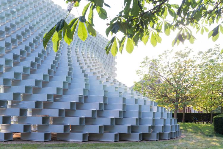 Serpentine Pavilion de BIG. Image © Iwan Baan