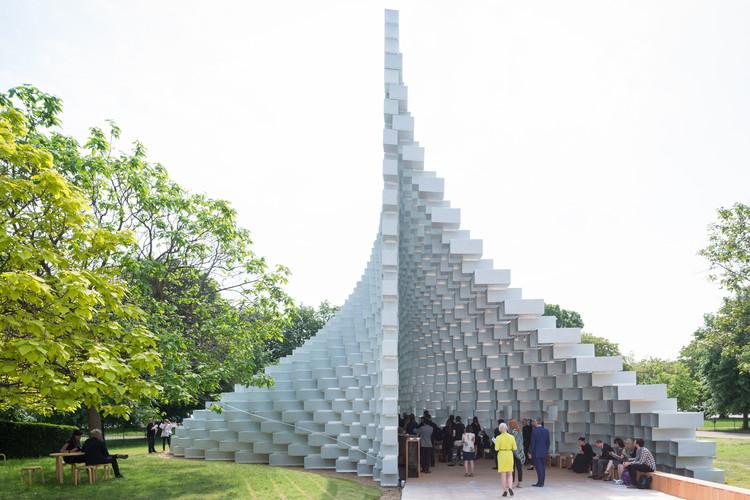 Serpentine Pavilion de BIG abre sus puertas junto a 4 'casas de verano' de reconocidos arquitectos, Serpentine Pavilion de BIG. Image © Iwan Baan