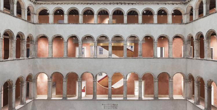 Courtesy of OMA, Photograph by Delfino Sisto Legnani and Marco Cappelletti