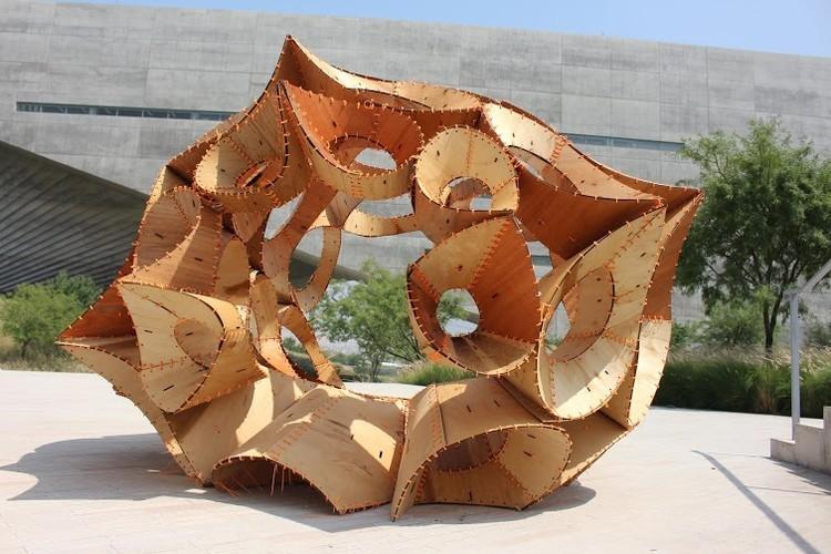 México: Estudiantes de la UDEM diseñan y fabrican 'Bichos', una familia de pabellones paramétricos, © Daniela Frogheri
