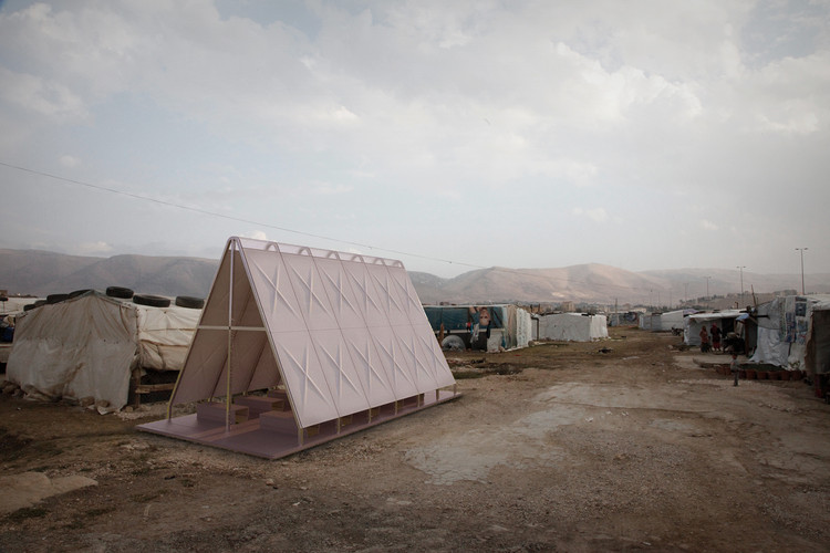 Yale Students Propose a Series of Pop-Up Religious Buildings to Sustain Culture in Refugee Camps, Courtesy of Lucas Boyd and Chad Greenlee