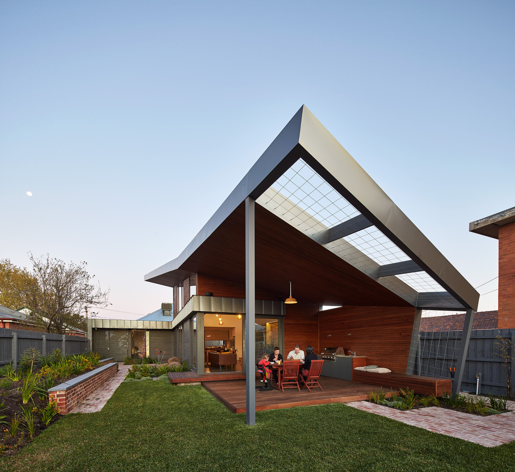 Gallery of yarraville garden house guild architects 1 for Garden in the house