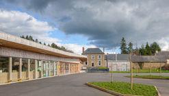 Escuela primaria Treverien  / Guinee*Potin Architectes