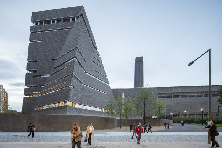 gallery herzog de meuron s tate modern extension photographed by laurian ghinitoiu archdaily
