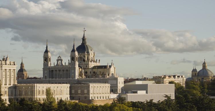 Museo de las Colecciones Reales / Mansilla + Tuñón Arquitectos. Madrid . Image ©  Luis Asín