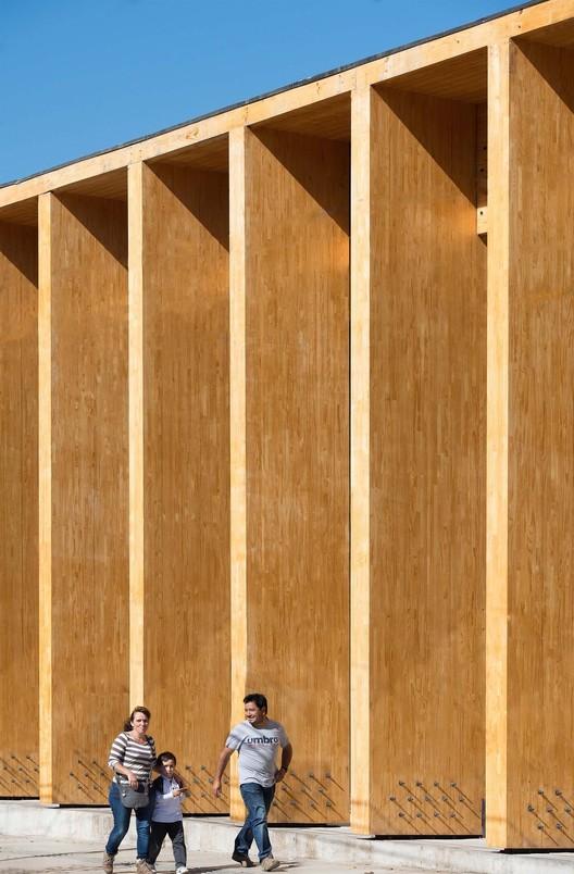 Constitución Cultural Center. Image © Felipe Diaz Contardo