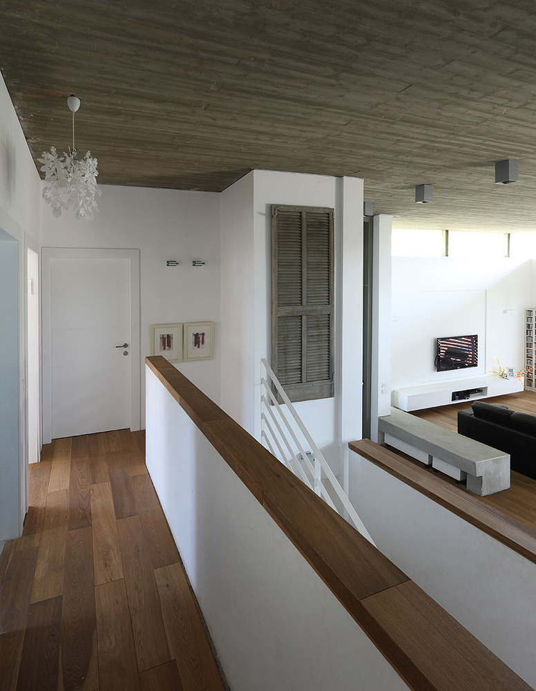 Gallery of house of the floating roof amitzi architects 5 - The dune house the floating roof ...