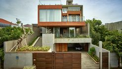 Wirawan House / RAW Architecture