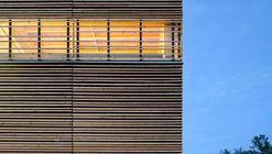 BC Passive House Factory / Hemsworth Architecture