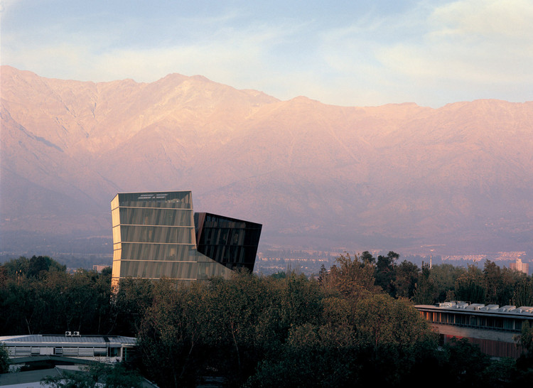 Torres Siamesas. Image © Cristobal Palma / Estudio Palma