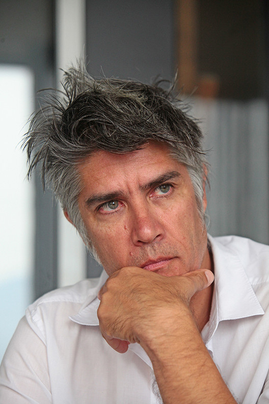 "Alejandro Aravena on Moving Architecture ""From the Specificity of the Problem to the Ambiguity of the Question"", © Álvaro González"
