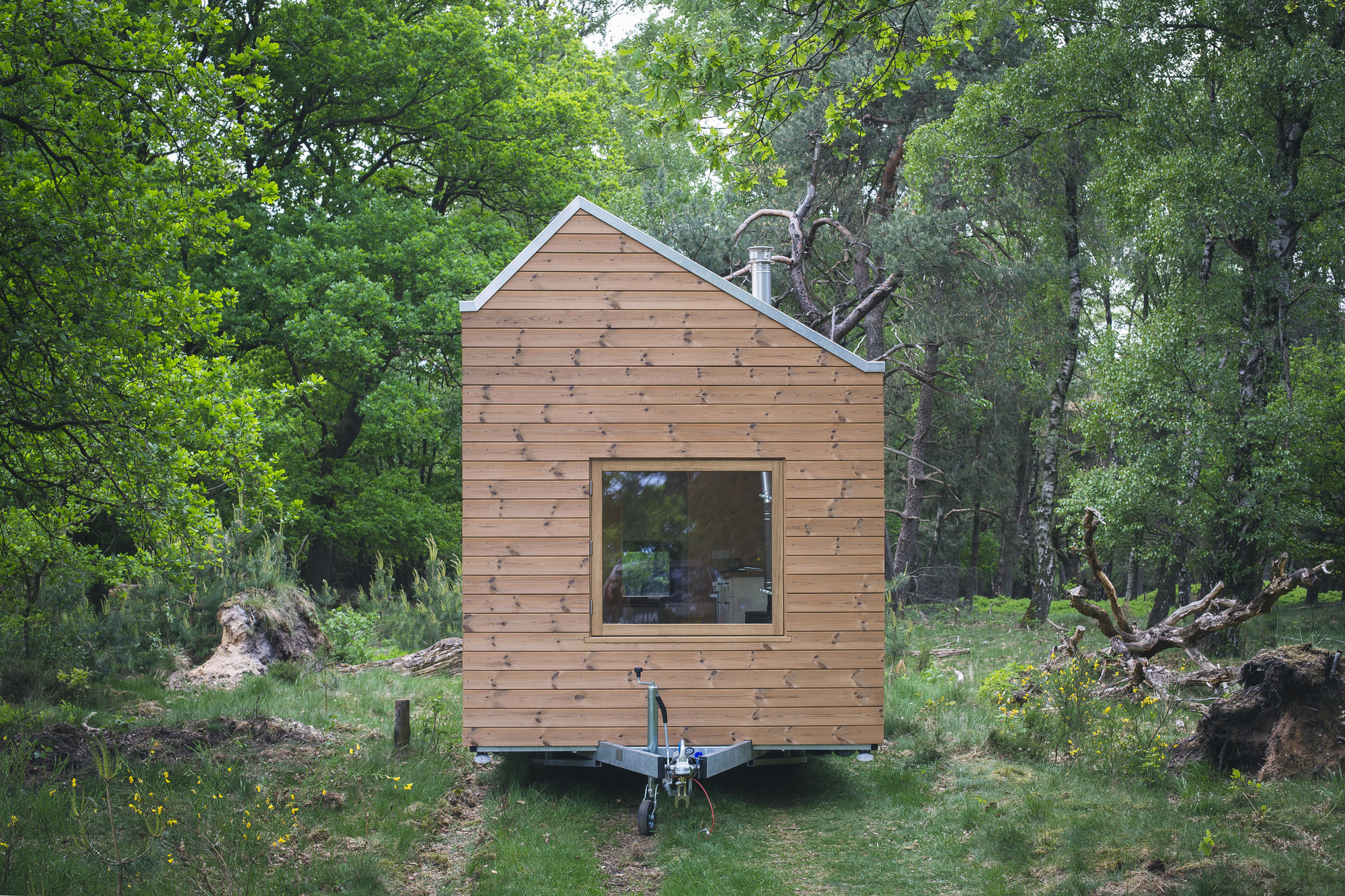 Gallery of contemporary tiny house walden studio 9 for Tiny house photo gallery