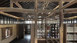 Librairie Avant-Garde - Biblioteca Ruralation  / AZL Architects