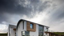 Ballymagarry Road House / 2020 Architects