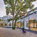 Centro Cívico El Roble y Biblioteca  La Retama  / Calderon-Folch-Sarsanedas Arquitectos