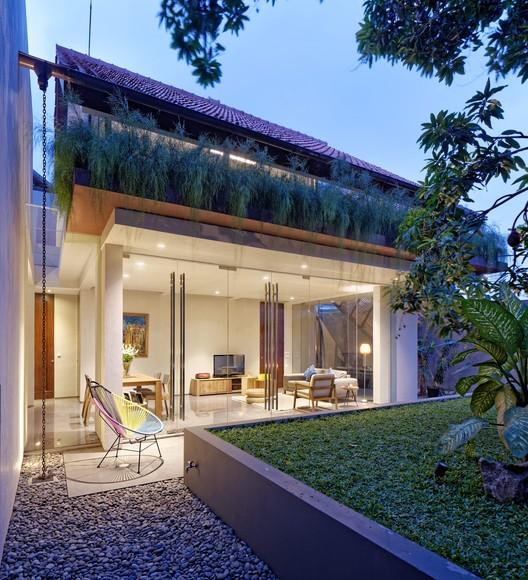 DeeRoemah / Wahana Architects, © Fernando Gomulya